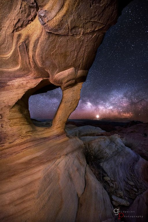 The Milky Way and Venus rise in the Valley of Fire State Park, Nevada | GoldPaint Photography
