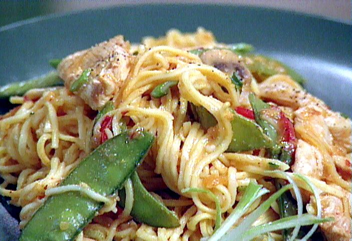 Spicy Orange Chicken Lo Mein Recipe : Food Network - FoodNetwork.com