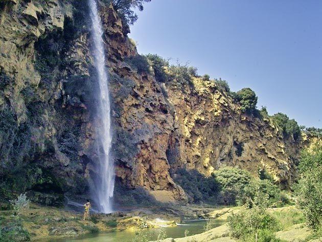 Výsledek obrázku pro sierra calderona waterfall