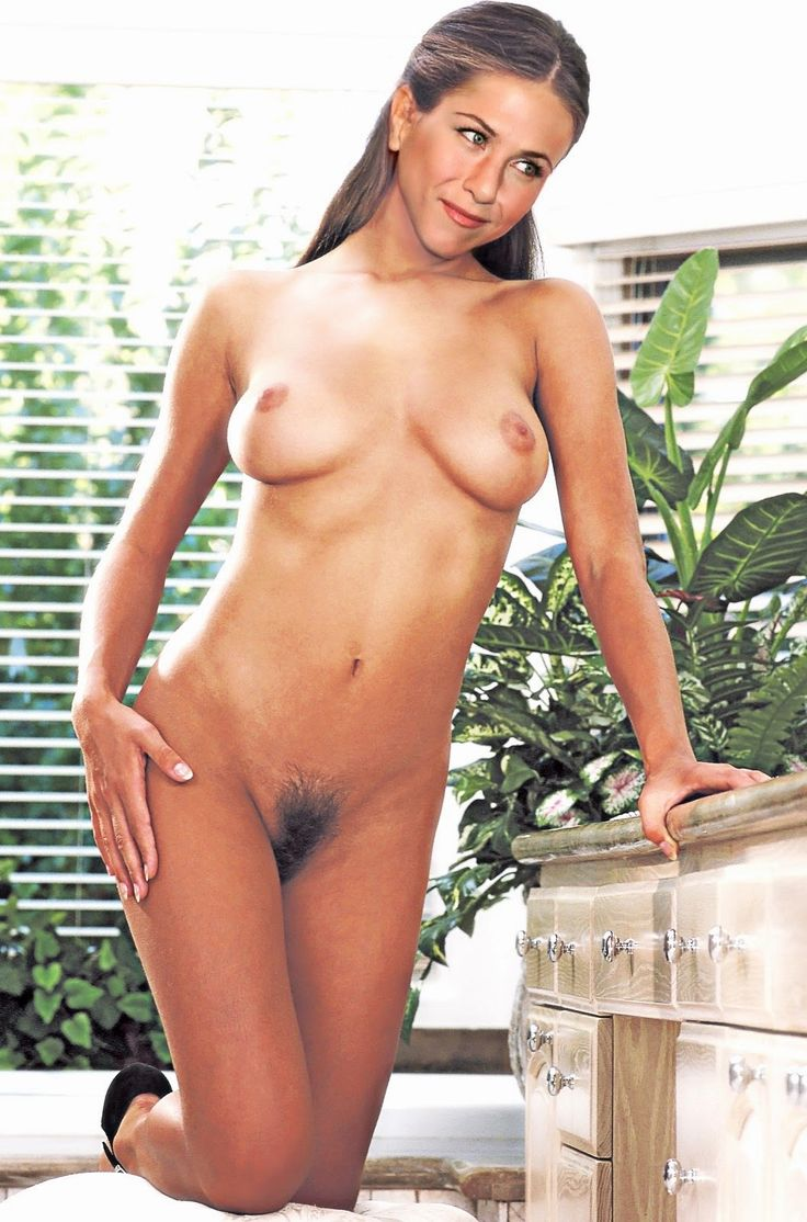 from Kylan jennifer aniston completly naked