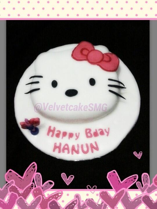 2D Hello Kitty by Velvet Bake & CrAft Semarang @velvetcakeSMG / www.semarangkitchen.com
