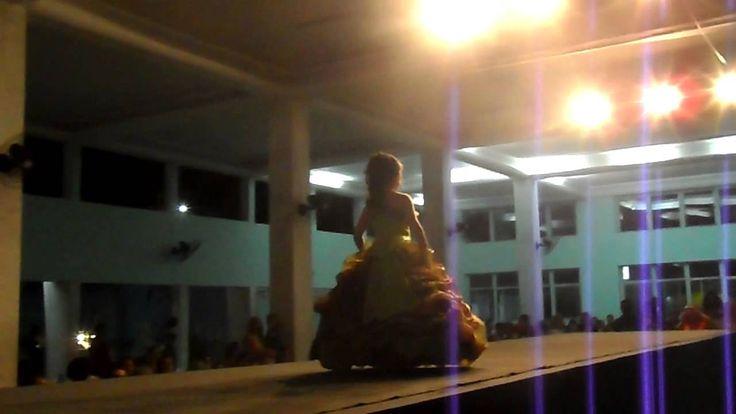 Desfile MODELO BRASIL Concurso 2013 ( EQUIPAMENTOS DJ GYLL ) som,luz,dj ...