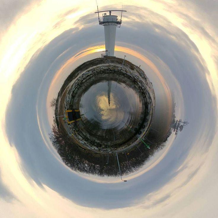 Little Planet.... first test and liked  have a nice week....#kolobrzeg #kolberg #poland2016 #igerspoland #igerskołobrzeg #igpoland  #royalsnippingartists #gameoftones #bestoftheday #bestfoto #littleplanet #camera360 #eyeem #rsa_sky #awesome_shots #awesomeworld #instagood #instadaily #instalike #diewocheaufinstagram #mahelliphotography #sosehichdieweltdurchmeineaugen #vscosky #vscosunset by dynamic_mahelli