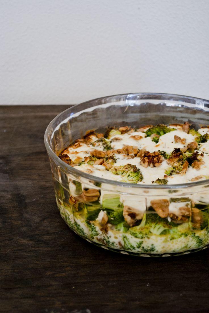 Quiche zonder deeg: Broccoli, geitenkaas en walnoten. Een keer koolhydraat arm…