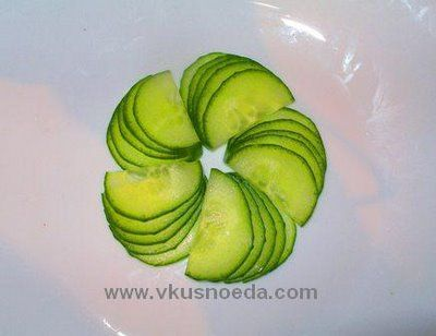Simple Food Garnishing | Fruit Carving Arrangements and Food Garnishes: Cucumber Picture