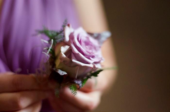 Having the best man and ushers buttonhole match the bridesmaid's dress keeps everything complimenting.. great for photographs x
