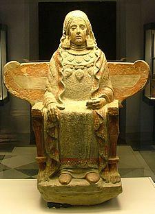 dame-de-Baza-statue-ibérique-du-4ème-siècle-avant-J.C..jpg (225×312)