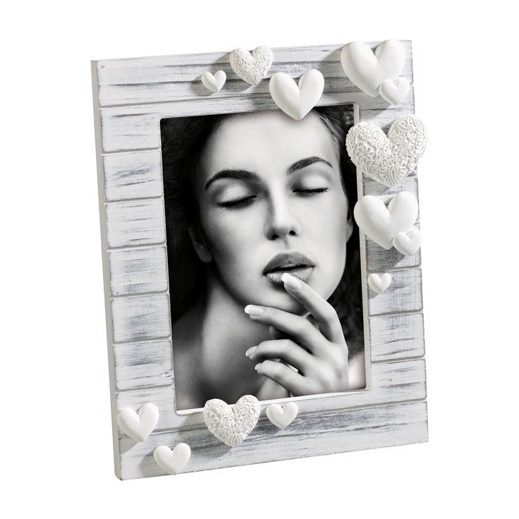 PORTAFOTO IN LEGNO A283   Portafoto in legno decapato con cuori in resina. Felix Design.