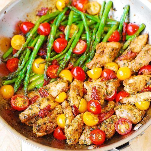 One-Pan Pesto Chicken and Veggies