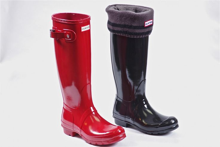 Classic Tall Gloss by Hunter - Pull on classic gloss finish. Welly liners sold separately .  Perfect for rainy wet days and the liners convert your rain boots into winter boots.  Order now: http://millershoes.com/shop/boot/classic-tall-gloss/