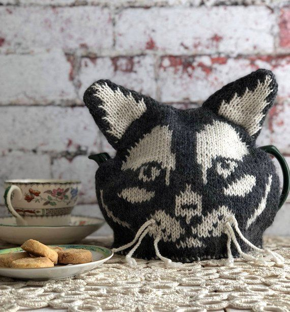 Cat Tea Cosy /& Fun Kitten Egg Cosy Knitting Pattern Pattern