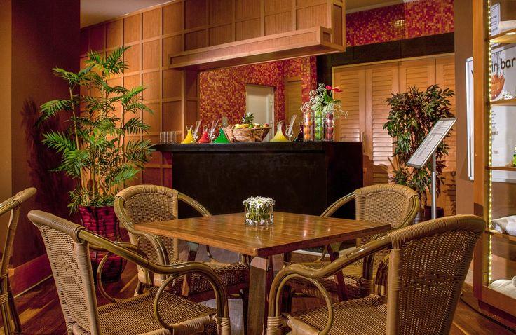 Amara Wing Resort Comfort Vitamin Bar