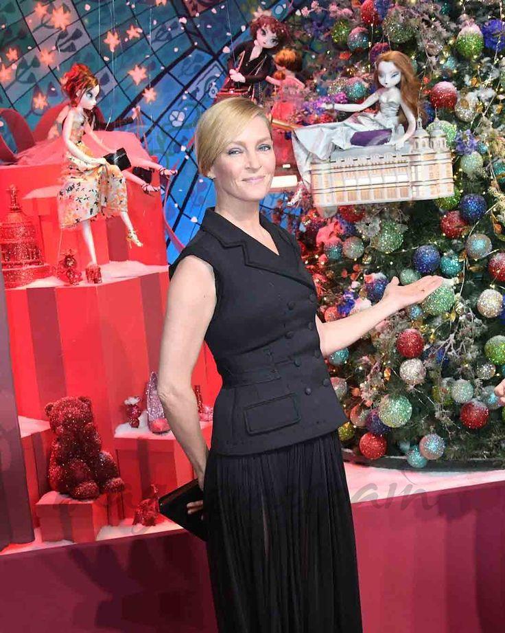 Uma Thurman inaugura la Navidad en París