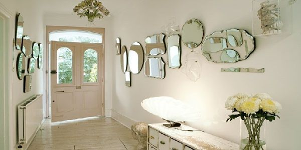 Decorating with Vintage Mirrors