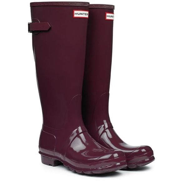 IN SEARCH OF Burgundy/Plum Hunter Boots! I am in search of these burgundy or plum Hunter Boots, preferably size 8! I like both the glossy and matte finish, so if you find either please let me know!!! Hunter Boots Shoes Winter & Rain Boots