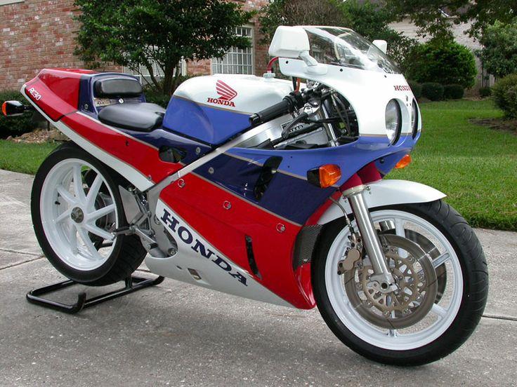 HONDA (Japan) VFR750R (RC30)
