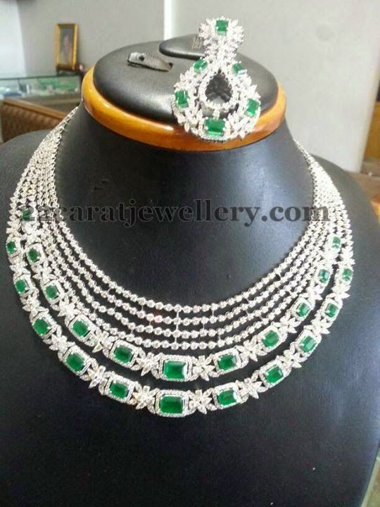 Jewellery Designs: Four Step Diamond Choker