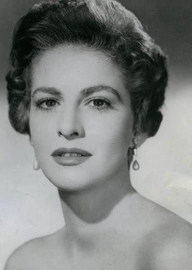 Carmen Montejo                                                                                                                                                                                 Más