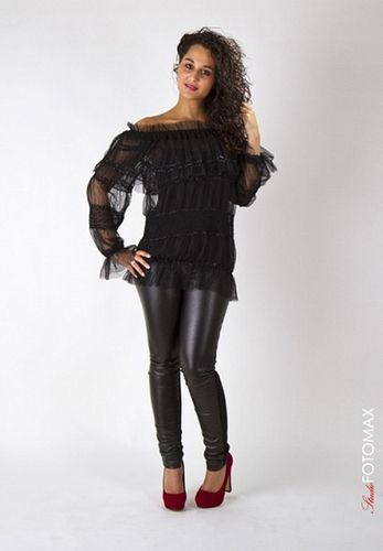 Outfit in black by Jhills
