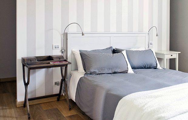 Oltre 25 fantastiche idee su mobili a righe su pinterest - Creare testata letto ...