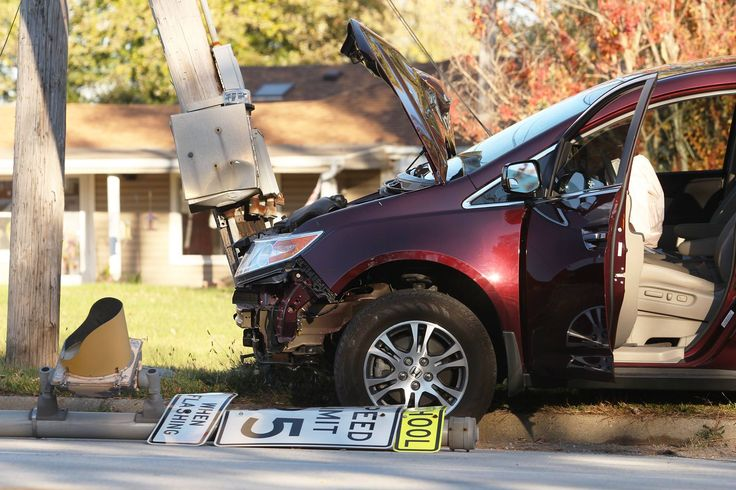 According to Major Paul Holcomb of New Chapel Fire Department, this afternoon's power outage was the result of an accident by a vehicle driving down Grant Line Road that took out a power line, several mail boxes, and a nearby school speed limit sign. The driver of the vehicle is okay. New Chapel was dispatched at 2:12 p.m., with Duke Energy trucks showing up to the scene shortly after to shut off power to IU Southeast and Grant Line Elementary School since the telephone pole was snapped in…