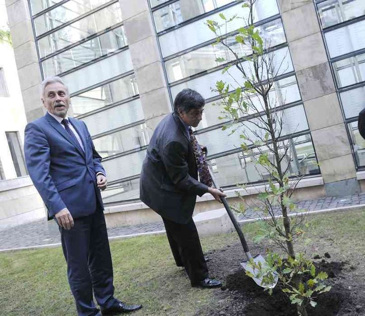 Planting a tree in memory of Jan Karski. Karski has infiltrated twice the Warsaw Ghetto and a concentration camp in German Nazi-occupied Poland.