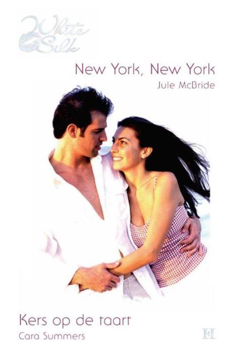 New York New York ; Kers op de taart  (1) NEW YORK NEW YORK - Om uit je vel te springen! Hij gaat haar ten huwelijk vragen denkt Ellie verrukt als haar vriendje voor de derde keer zenuwachtig zijn keel schraapt. Vergissing: Robby vertelt haar dat hij de promotie krijgt waar zíj al zo lang op heeft geaasd - in het bedrijf van haar vader nota bene. Woedend vertrekt ze naar New York. Een nieuwe stad nieuwe uitdagingen en nieuwe mannen... Dé manier om die hele Robby te vergeten besluit ze. En…
