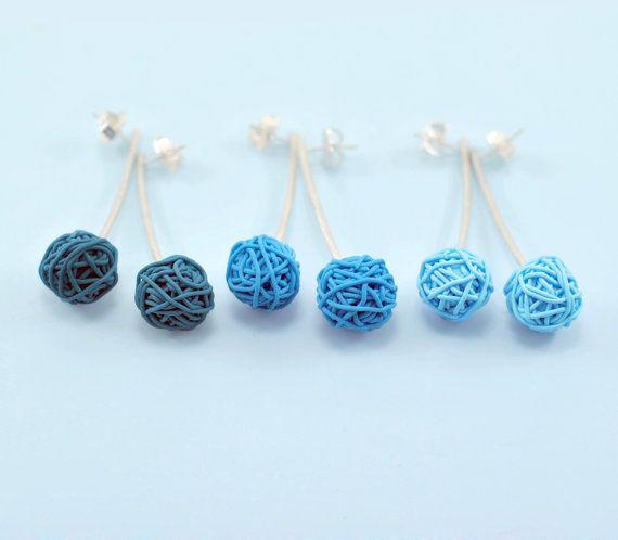 Polymer Clay and Silver Earrings. Blue Velvet por mariagotijoyas, €25.00