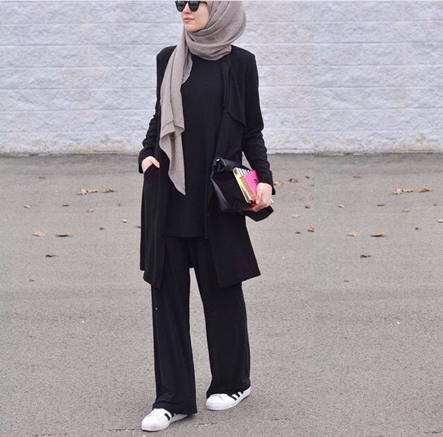 Elifd0gan #hijabfashion Check out our hijab tutorial http://www.lissomecollection.co.uk