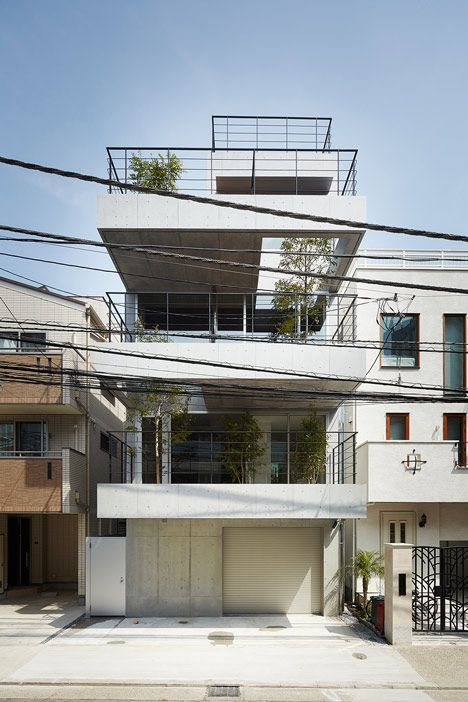Four-storey house with tree-lined balconies by Ryo Matsui Architects - Tokyo    #architecture