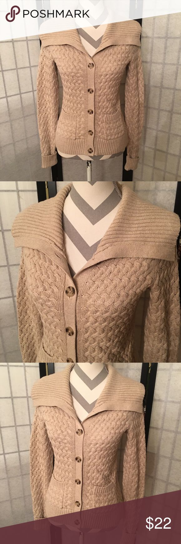 Banana Republic Button Up Sweater Size XS, like new, warm and comfy, 100% Cotton.   Happy to bundle, check out my other items :)   Clean, non smoking home. Banana Republic Sweaters