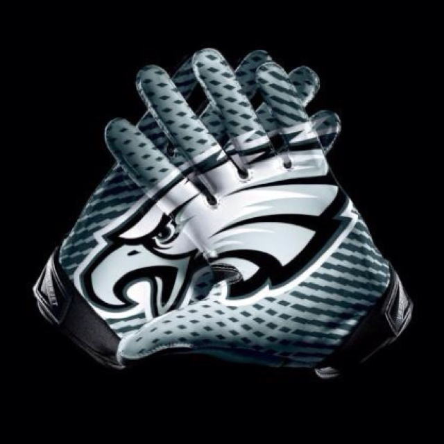 The new Nike gloves are sweet! Fly Eagles Fly!!!