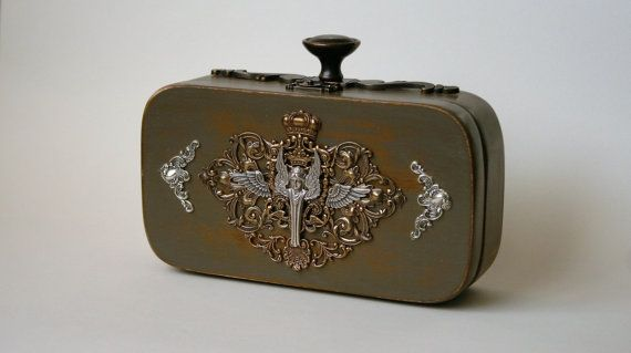 Small wood purse decorated with Art Nouveau Victorian by ucrina