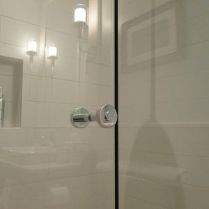Crl Shower Door Towel Bar