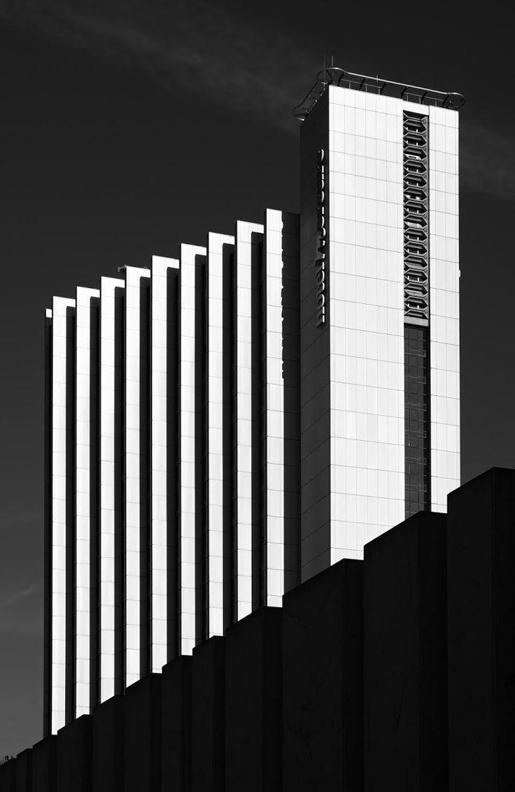 """""""T. Janosch photography. Mercure Hotel Kongress Chemnitz, Rudolf Weißer, 1969-74"""