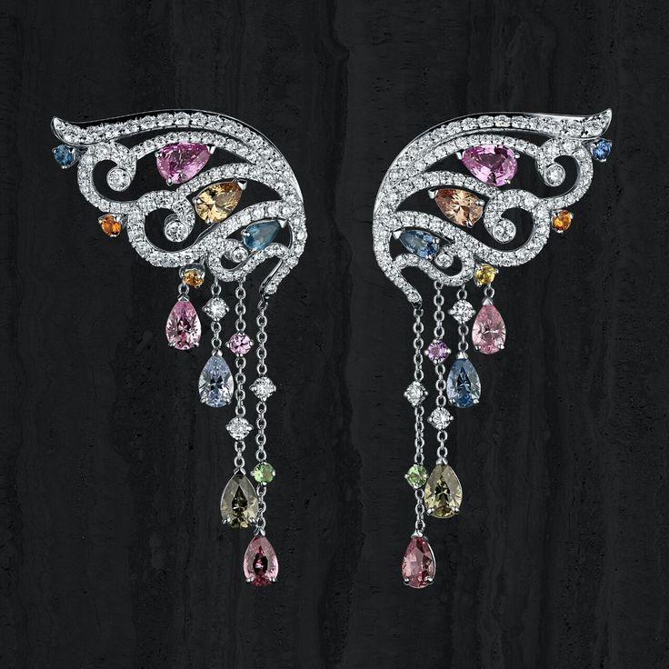 Эффектные серьги с натуральными сапфирами #cluev #hautejoaillerie #jewelery #PreciousStones #sapphire