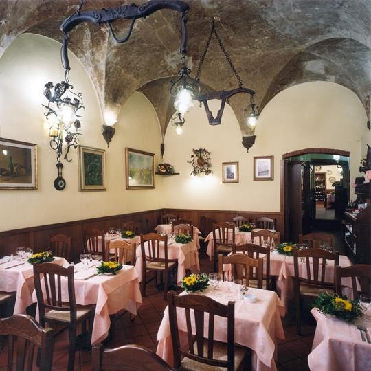 137 best Taverna Bazaar images on Pinterest Architecture, Cafe