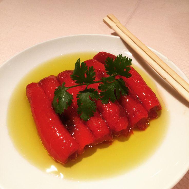 昨晩の中華 赤ピーマンとお豆腐の蟹味噌炒めまた食べたい #赤ピーマン #上海蟹 #蟹味噌 #chineese #crab #instadish #instarestaurant