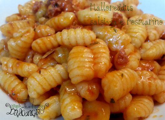 Malloreddus con salsiccia e rosmarino #gnocchettisardi #salsiccia #pastafresca
