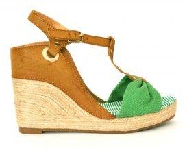 kaki fashion  http://www.kakifashion.com/zeppe-verde.html  PAG-0009-verd - Sandali in similpelle con zeppa in corda. Suola a righe. Cinturino marrone regolabile.