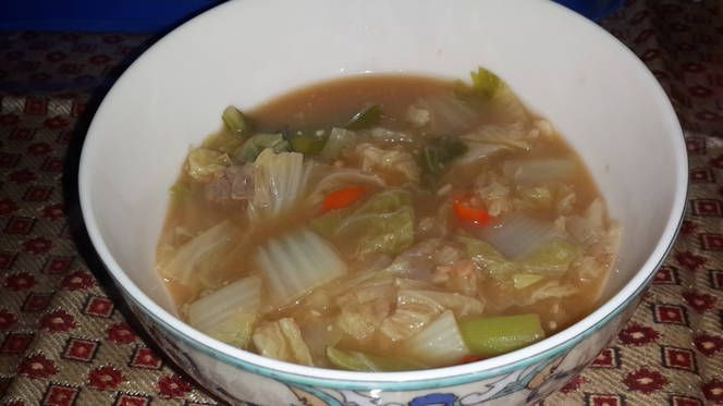 Cabbage and soybean soup (Baechu doenjang Guk)
