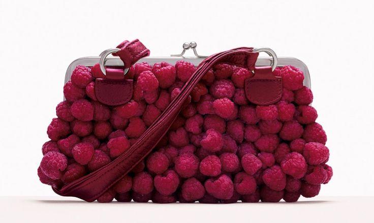 Fulvio Bonavia: frutta e fiori diventano borse e scarpe dalla bellezza imprendibile