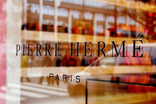 Pierre Herme: Shop, Pastry Shop, Favorite Places, Hermé Stone, Hermé Paris, Food, Macaroon, Photo