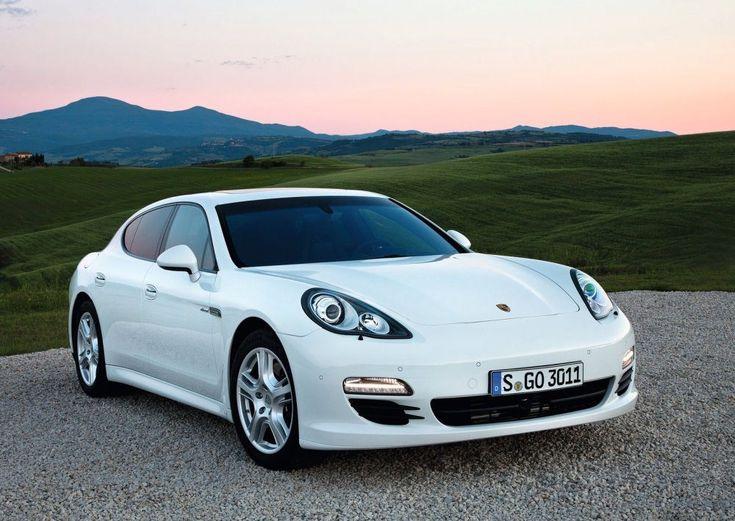 the 2015 porsche pajun saw this thing yesterday a 4 door porsche - Porsche 2015 4 Door