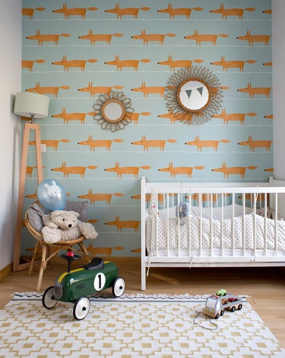 Boy Nursery with fun Fox Wallpaper. #tinylittlepads @tinylittlepads www.tinylittlepads.com