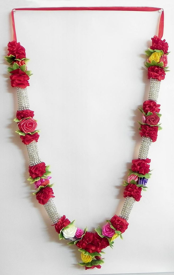 Red and Silver Ribbon Artificial Garland with Multicolor Roses (Satin Ribbon))