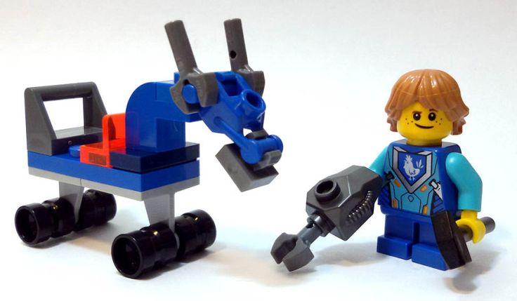 """Robin Underwood con cavallo su ruote, numero 2 della rivista """"Lego Nexo Knights"""" (Panini Comics) #Lego #PaniniComics"""