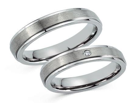 Trouwringen Titanium. Mooi collectie Trouwringen van Titanium tot wel 50% goedkoper dan bij de juwelier. Maak een afspraak of bestel online. - € 114,95