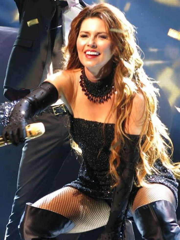 "( BEAUTIFUL COUNTRY MUSIC ♪♫♪♪ 2014 & 2015 ★ SHANIA TWAIN "" Country / country pop / country rock / pop "" ) ★ ♪♫♪♪ Eilleen Regina Edwards - Saturday, August 28, 1965 - 5' 4"" - Windsor, Ontario, Canada."