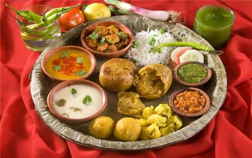 Tasty food items of Vidisha, Bhopal.